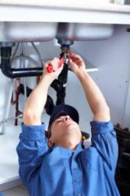 our Everett plumbers clear and repair drain lines